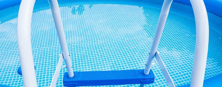 devis piscine bois à Nice
